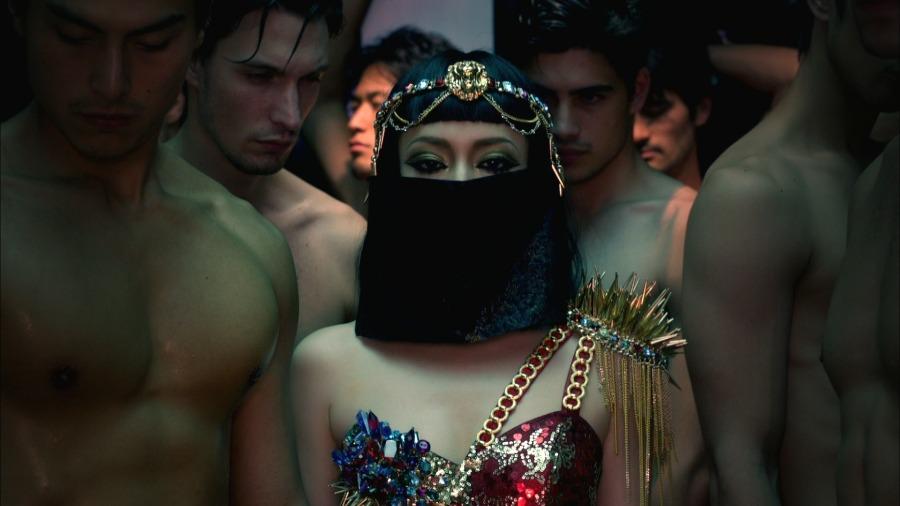 滨崎步 (Ayumi Hamasaki 浜崎あゆみ) - FIVE (专辑蓝光部分) (2011) 1080P蓝光原盘 [BDMV 18.8G]